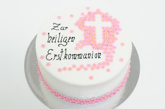 Erstkommunionstorte Mit Kreuz Und Bl 252 Mchen